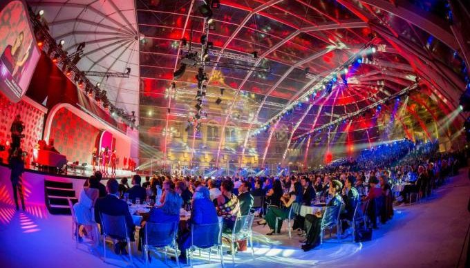 Fashion Show Tent Rentals