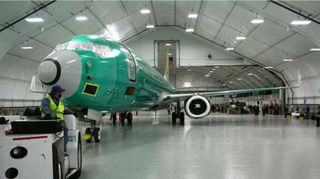 aircraft hangar buildings
